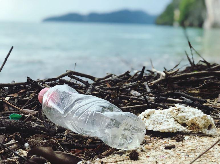 Dashboard Week: Day 2 | Plastic Waste using Power BI